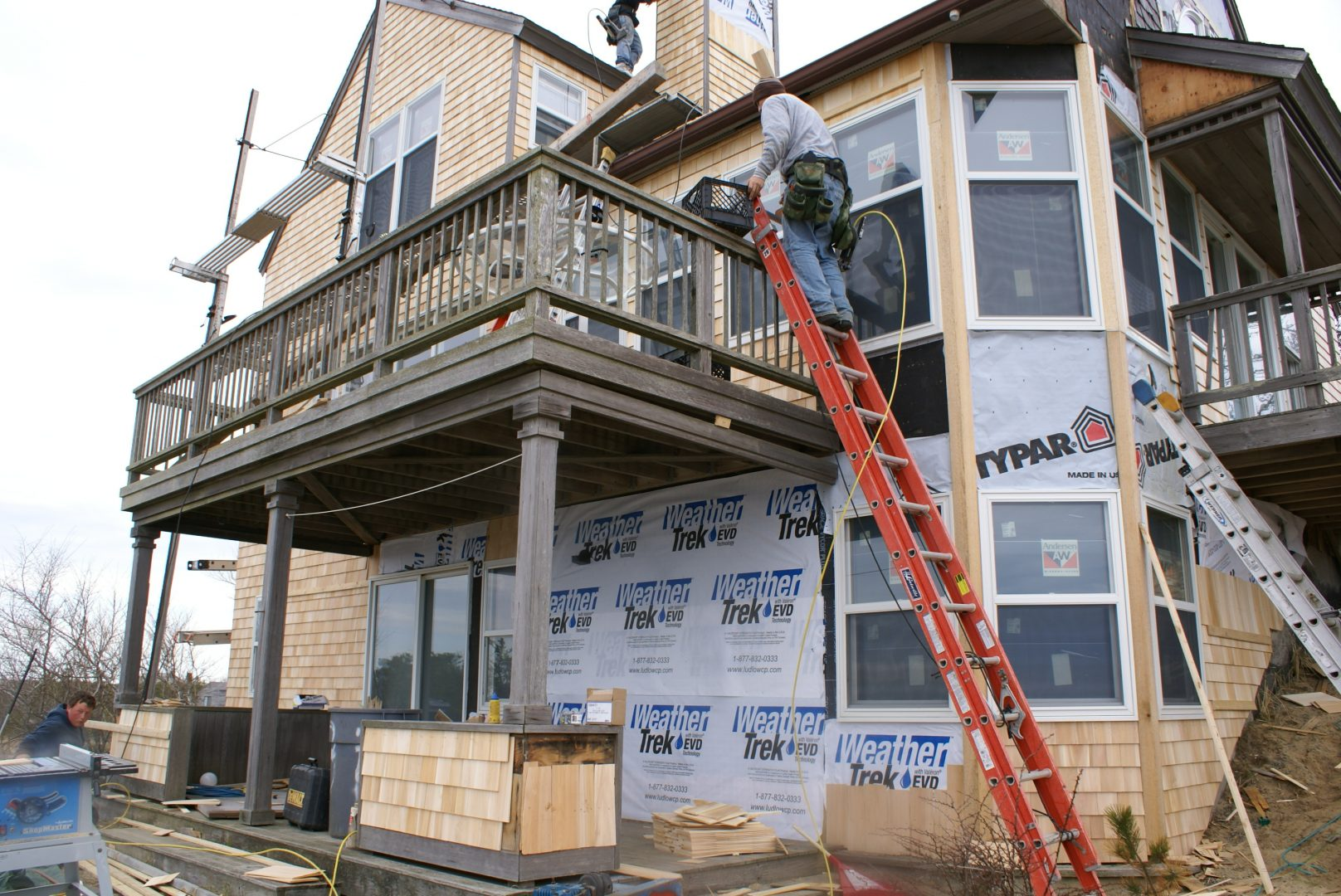 replace windows and siding